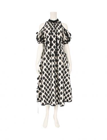 568230d2e66d SELFPORTRAIT(セルフポートレイト)3D PETAL CALISTA DRESS ワンピース 白 黒|中古ブランド通販のRECLO