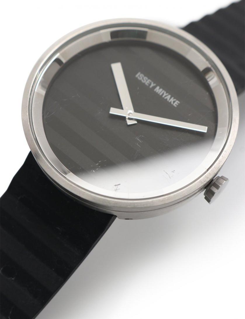 ISSEY MIYAKE・時計・ISSEY MIYAKE × JASPER MORRISON 腕時計 メンズ クオーツ SS ラバー 黒