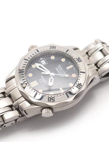 OMEGA・時計・シーマスター プロフェッショナル 300 メンズ 腕時計 クオーツ SS シルバー ネイビー文字盤