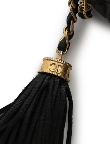 CHANEL・バッグ・マトラッセ ココマーク チェーンショルダーバッグ ラムスキン 黒 ゴールド金具 フリンジチャーム付き