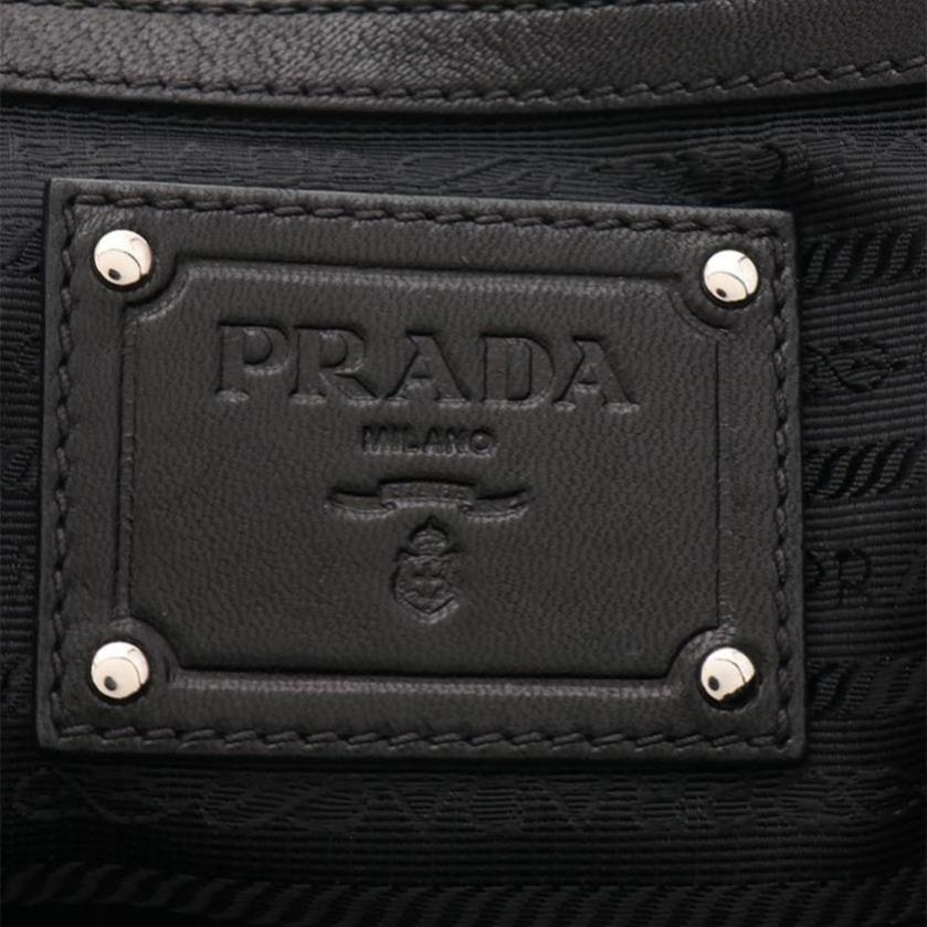 PRADA・バッグ・トートバッグ レザー 黒 ギャザー
