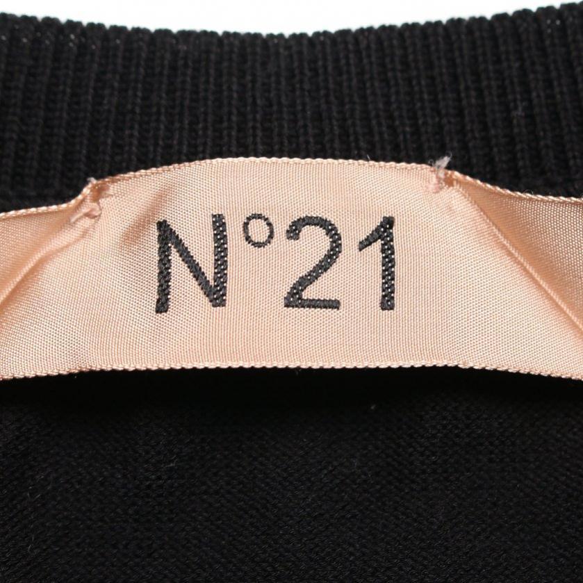 N°21・トップス・プルオーバー ニット Vネック 黒 切替 リボン
