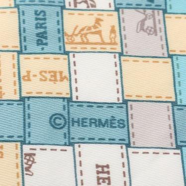 HERMES・財布・小物・ポワントゥ 三角スカーフ ボルデュック シルク マルチカラー