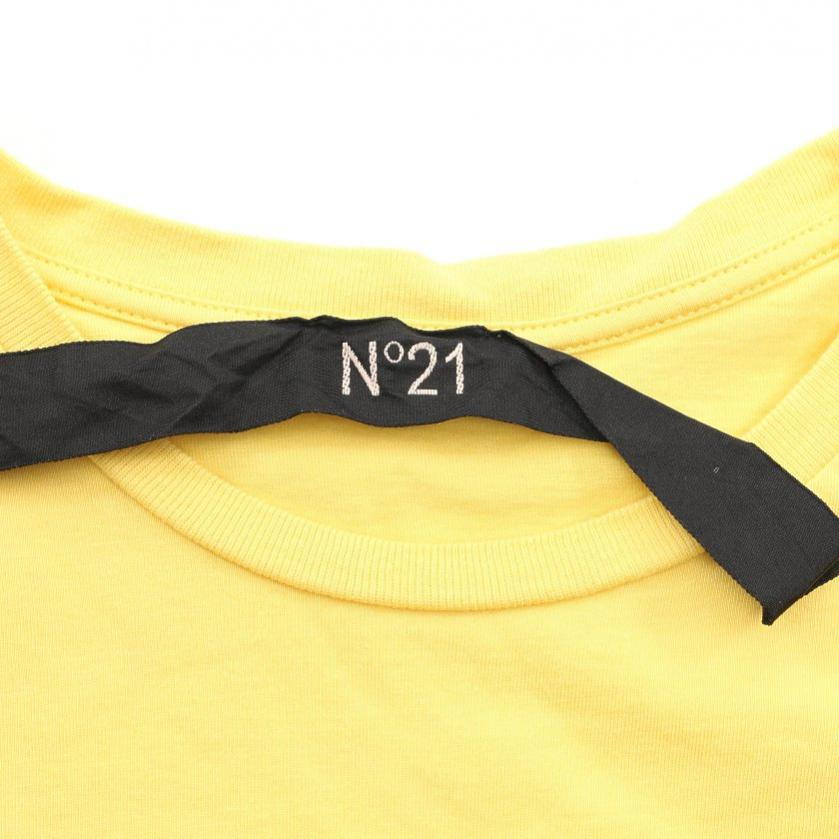 N°21・トップス・ Tシャツ クルーネック 黄 ロゴ