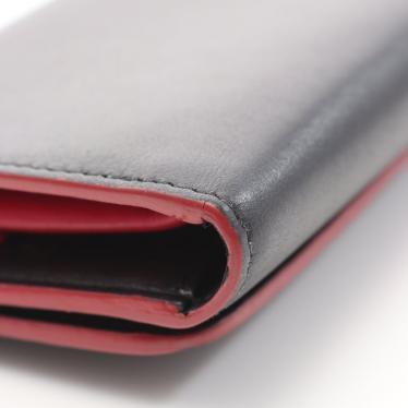 miu miu・財布・小物・SOFT CALF FIOCCO 三つ折り財布 レザー 黒 赤