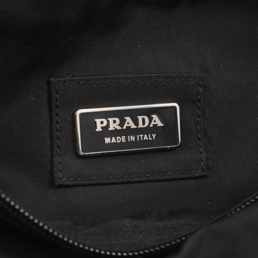 PRADA・バッグ・ ボディバッグ ナイロン 黒 クロスボディ