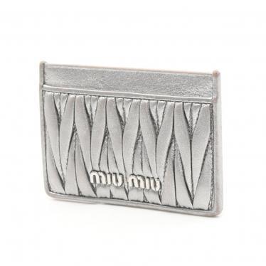 miu miu・財布・小物・マテラッセ 名刺入れ カードケース レザー シルバー