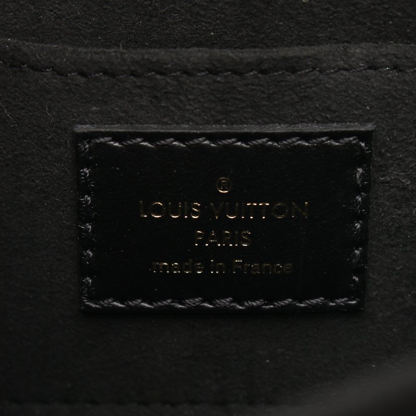 LOUIS VUITTON・バッグ・ドーフィーヌ NV MINI エピ ノワール ショルダーバッグ レザー ブラック 2WAY 20SS