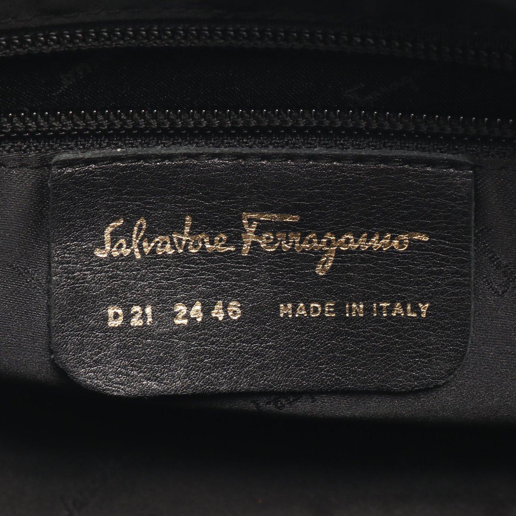Salvatore Ferragamo・バッグ・ガンチーニ ショルダーバッグ ナイロン レザー ブラック