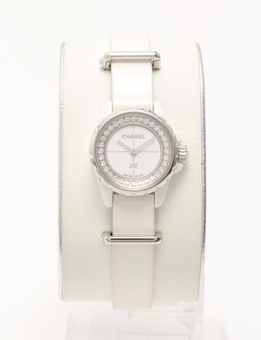 newest f3957 f0775 CHANEL(シャネル)J12 XS 腕時計 レディース ホワイトセラミック クオーツ ダイヤモンド エナメルレザー 白  シルバー|中古ブランド通販のRECLO