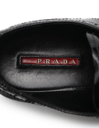 PRADA SPORT LINEA ROSSA・シューズ・レースアップ カジュアルシューズ エナメルレザー 黒 メダリオン ウィングチップ