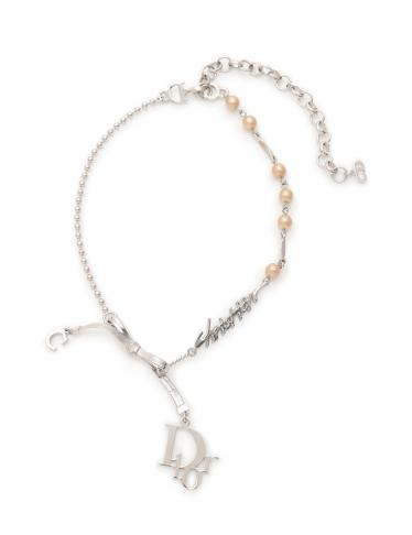 newest 5148a 3d662 Christian Dior(クリスチャンディオール) ネックレス フェイクパール シルバー|中古ブランド通販のRECLO