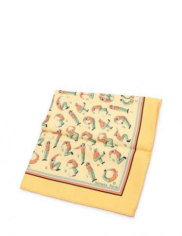 low priced 52cd8 97aa7 HERMES(エルメス)カレ45 ポケットチーフ 数字 人 シルク 黄 黄緑 オレンジ|中古ブランド通販のRECLO